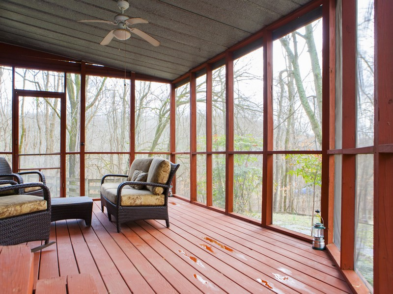 820_High_Point_Ridge_screen_porch