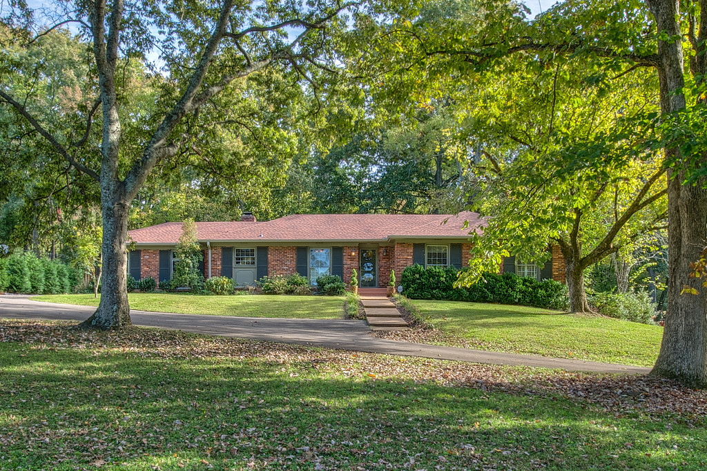 ranch style home for sale in nashville