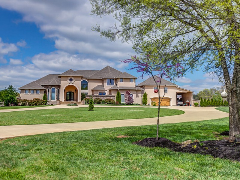 Video Murfreesboro Home For Sale On 15 Acres