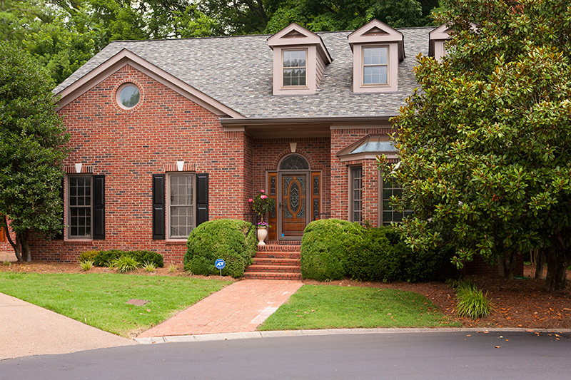 Video: Beautiful Brick Traditional for sale in Green Hills