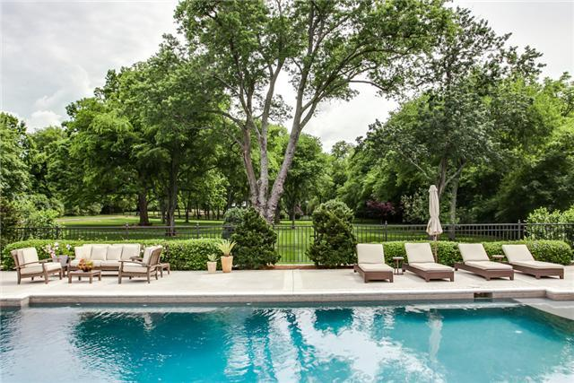Stunning Swimming Pools in Nashville - Nashville Luxury Real Estate