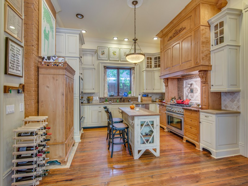Beautifully Updated Home in East Nashville with Downtown Views