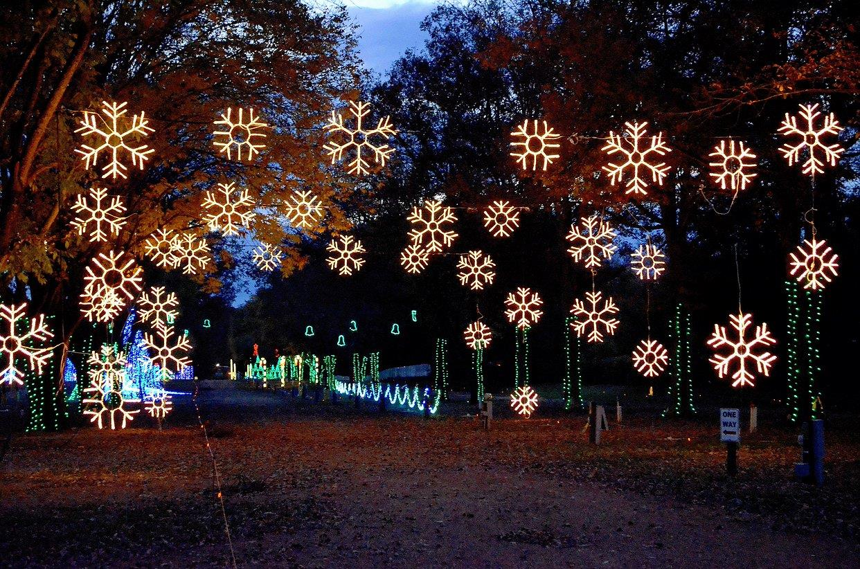 Christmas Light Displays in Nashville TN and Middle Tennessee