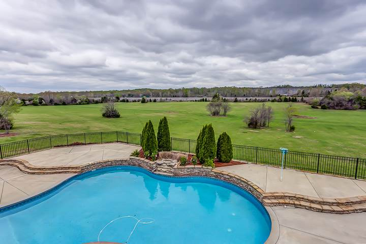 4606 Shores Road Murfreesboro - Pool - Nashville mansions with swimming pools