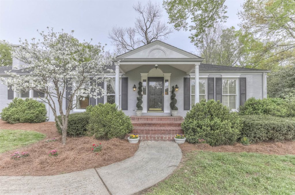 Video: Renovated Ranch Home for Sale in Oak Hill